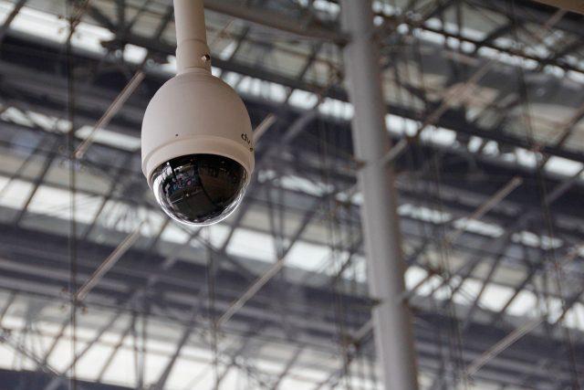 Caméra espion – le matériel d'espionnage high-tech